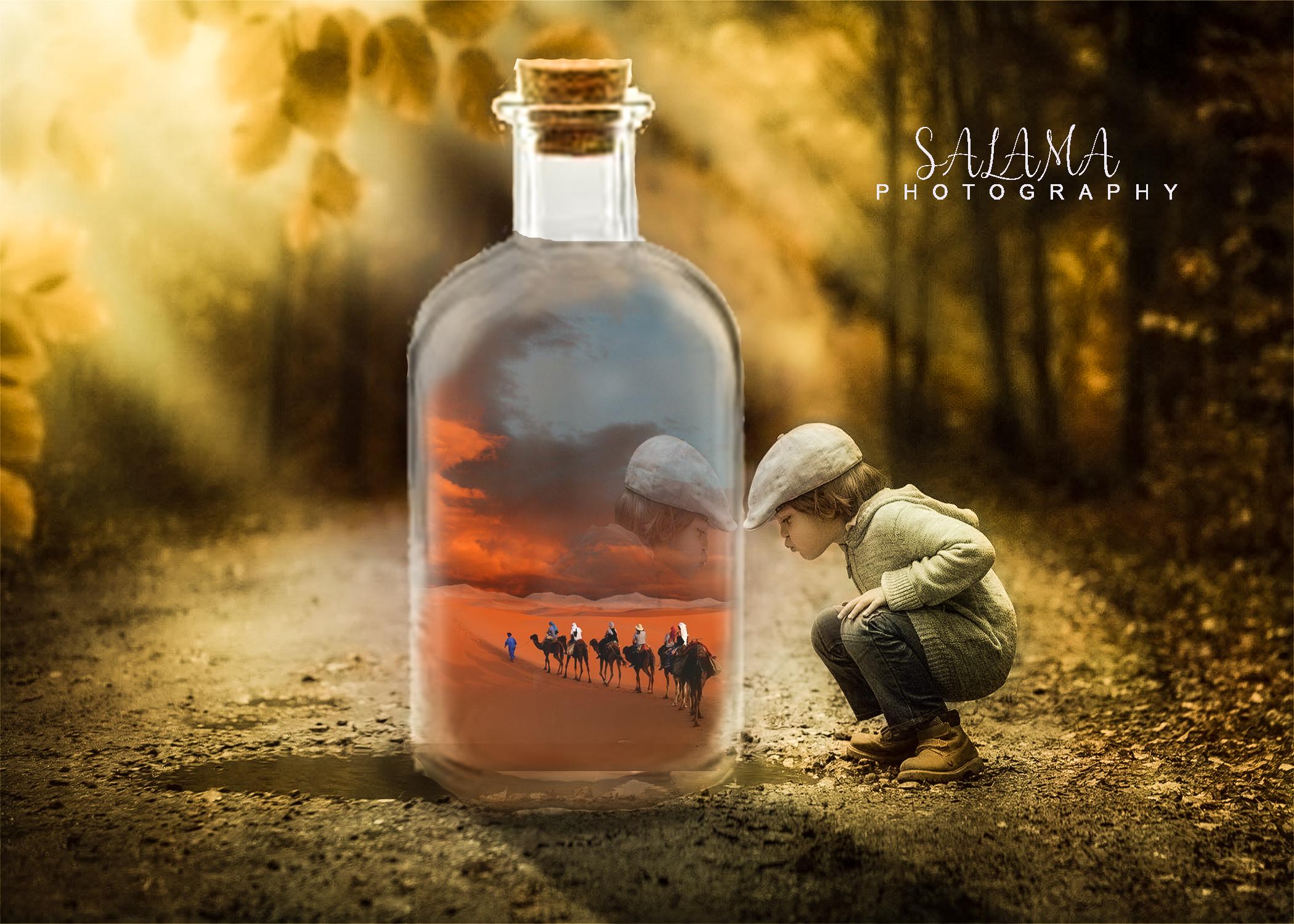صحراء داخل زجاجه