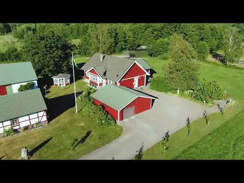 منتاج مقاطع فيديو مصورة بطائرة بدون طيار
