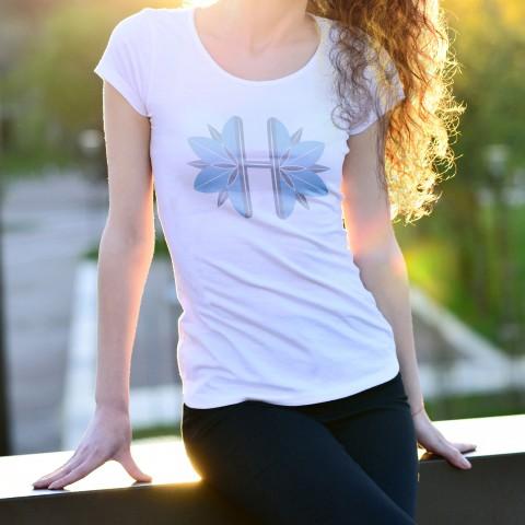 تصميم T-Shirt مميز
