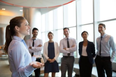 مقالة عن القيادة في العمل