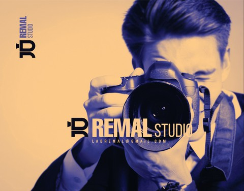 تصميم هوية بصرية لمركز رمال للتصوير