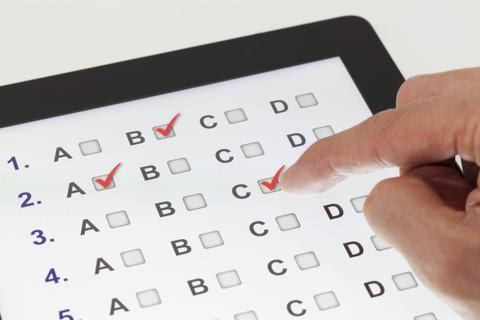 إعداد اختبار القدرات الشامل لموظفين شركة (X)