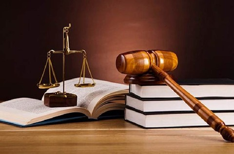 كتابة مقال قانوني
